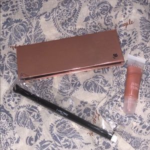 Lancôme Eyeshadow palate and brush